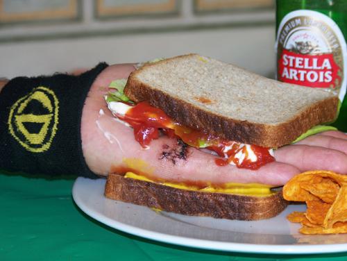 The Handwich