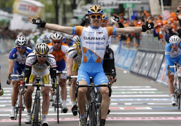 Stage 2 of the 2010 Giro goes to Tyler &quot;one bootie&quot; Farrar