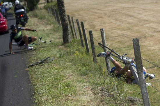 Johnny Hoogerland crash stage 9 Tour de France 2011
