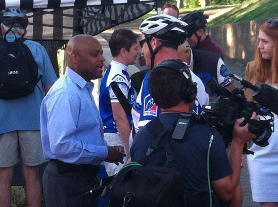 Denver's Mayor talking about why bike commuting is great