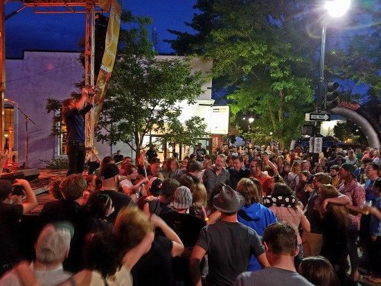 The Stone Foxes bring out the crowd to Main St